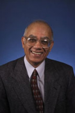 Professor Sunil Sinha chosen as a 2012 Outstanding Referee by the American Physical Society